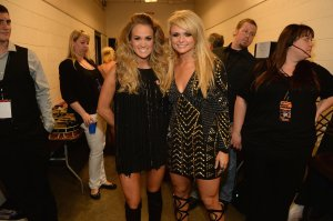 CMT-Music-Awards-2014-Show-Pictures